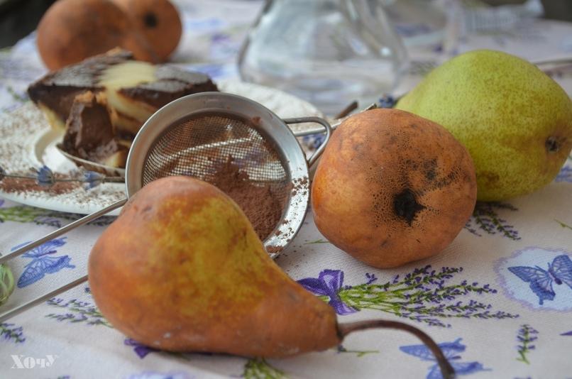 Кулинарная колонка Оли Мончук. Шоколадный тарт с пряными грушами - фото №2