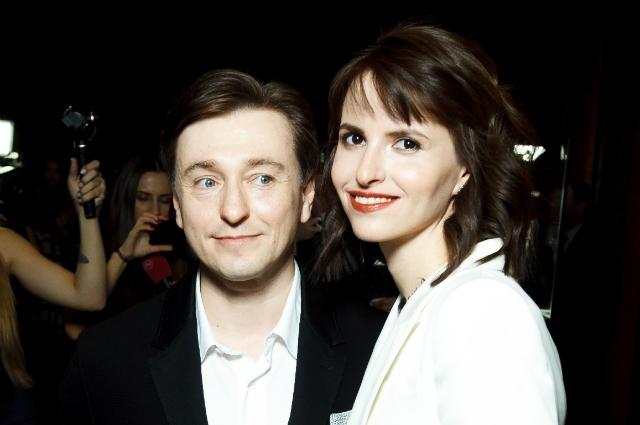 Новая жена Сергея Безрукова в восторге от его отцовских качеств - фото №2