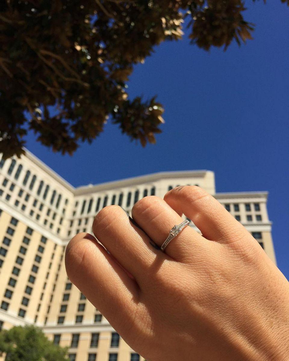 Айза Долматова вышла замуж: спонтанная свадьба в Лас-Вегасе - фото №3
