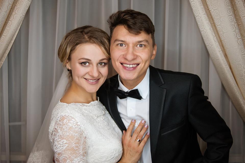 Победительница шоу «МастерШеф» показала свадебные фото и намекнула на беременность - фото №1