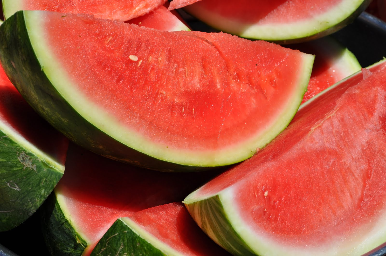 Топ 3 диеты августа на основе арбуза, дыни, яблок - фото №1