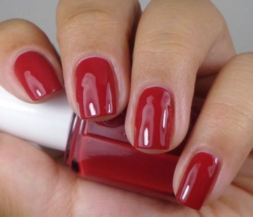 12 модных оттенков лака для ногтей, которые стоит попробовать этой осенью - фото №18