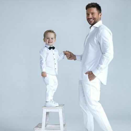 лазарев с сыном фото