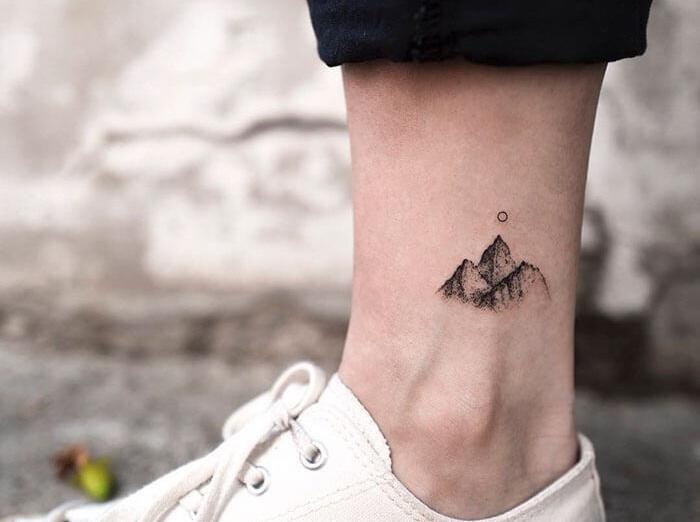 татуировка гора