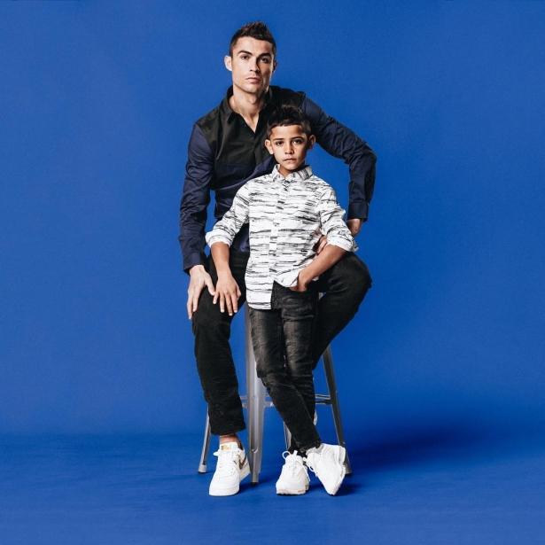 Криштиану Роналдо со старшим сыном