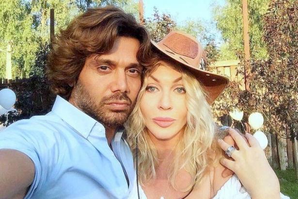 Ириа Билык с мужем
