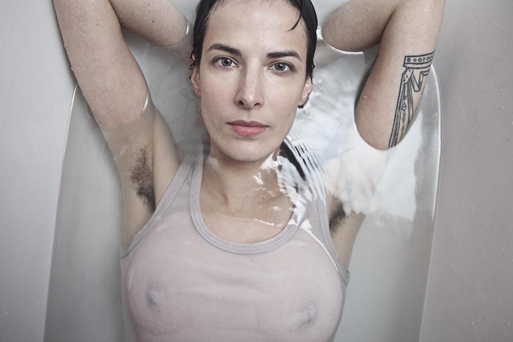 женские волосатые подмышки фото - 6
