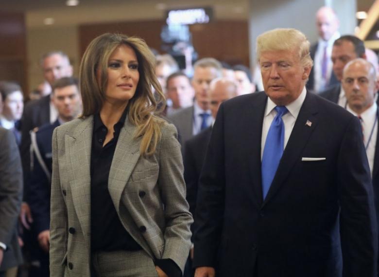 Блейк Лайвли против Мелании Трамп: голосуй за лучший образ в брючном костюме Ralph Lauren