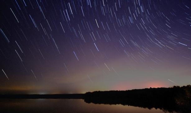 Звездопад 2016: наблюдать за падающими звездами в Украине в ночь с 12 на 13 августа может помешать погода – прямая трансляция - фото №1