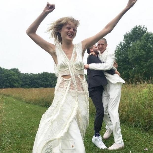 Ханна Габи Одиль вышла замуж