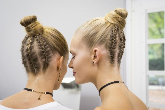 Заплети: как выглядят модные косы сезона весна-лето (+ВИДЕО) - фото №2