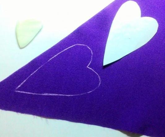 Как сделать новогодние украшения из старых вещей: пошаговая инструкция от мастера хенд-мейда - фото №10