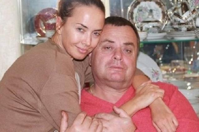 Отец Жанны Фриске признался, что деньги со счетов певицы сняла ее мать - фото №2