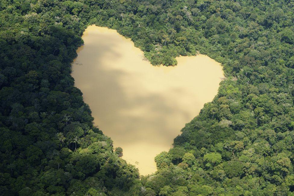 Романтикам на заметку: места на Земле в виде сердца - фото №21