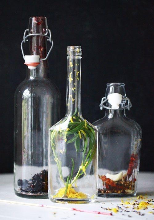 Хранить ароматизированное масло нужно в стеклянной емкости