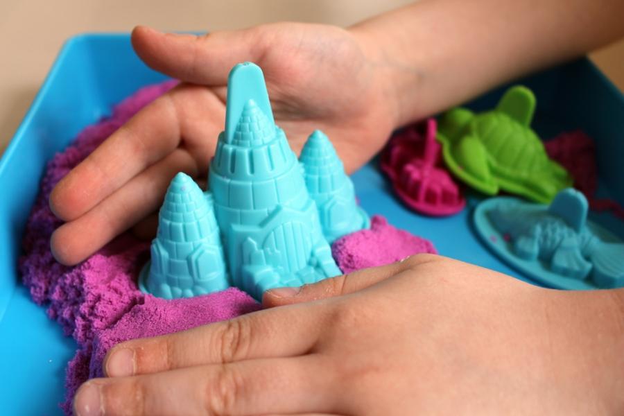 Вулканы, моря и дожди в домашних условиях: чем познавательным занять ребенка - фото №18