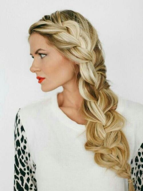 Какую прическу сделать на последний звонок: лучшие прически на длинные и средние волосы (ФОТО) - фото №25