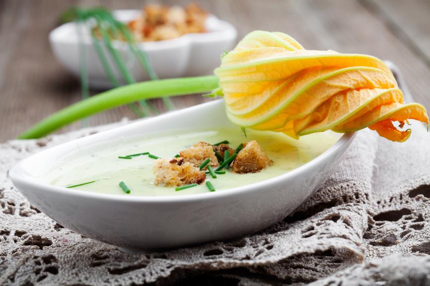 Блюда из кабачков: оригинальные рецепты для любимого овоща - фото №1