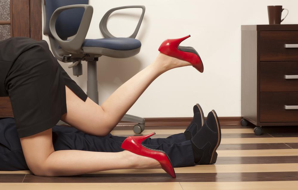Женские сексуальные фантазии: что на самом деле нас возбуждает - фото №2