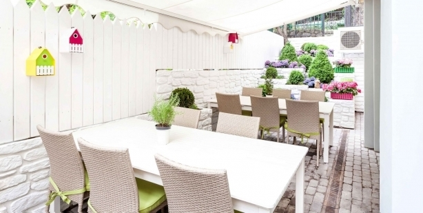 Топ-10 лучших ресторанов и кафе с летними террасами в Киеве - фото №2