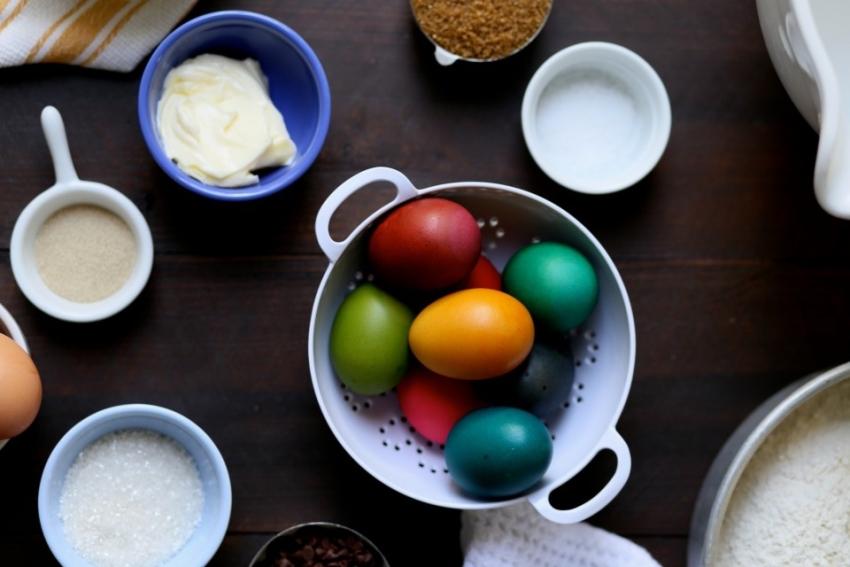 пасхальный кулич, пасхальные традиции, пасха крашеные яйца