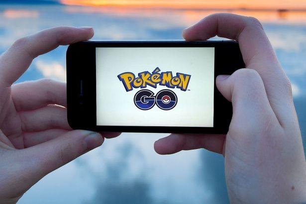 Почему все гоняются за покемонами: суть популярного приложения Pokemon GO, которое свело с ума половину мира - фото №1