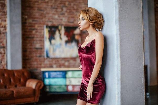 Почему Ксения Бородина покупает вещи на рынке: ведущая стала ближе к народу - фото №1