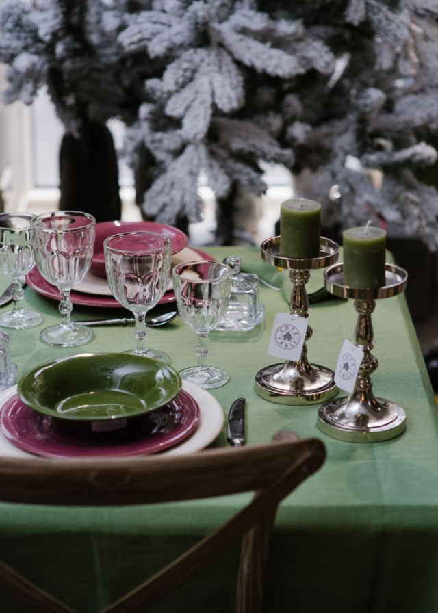Красиво, как в кино: советы, как украсить дом к Новому году - фото №5