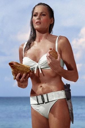 Самые сексуальные бикини в истории Урсула Андресс в бикини