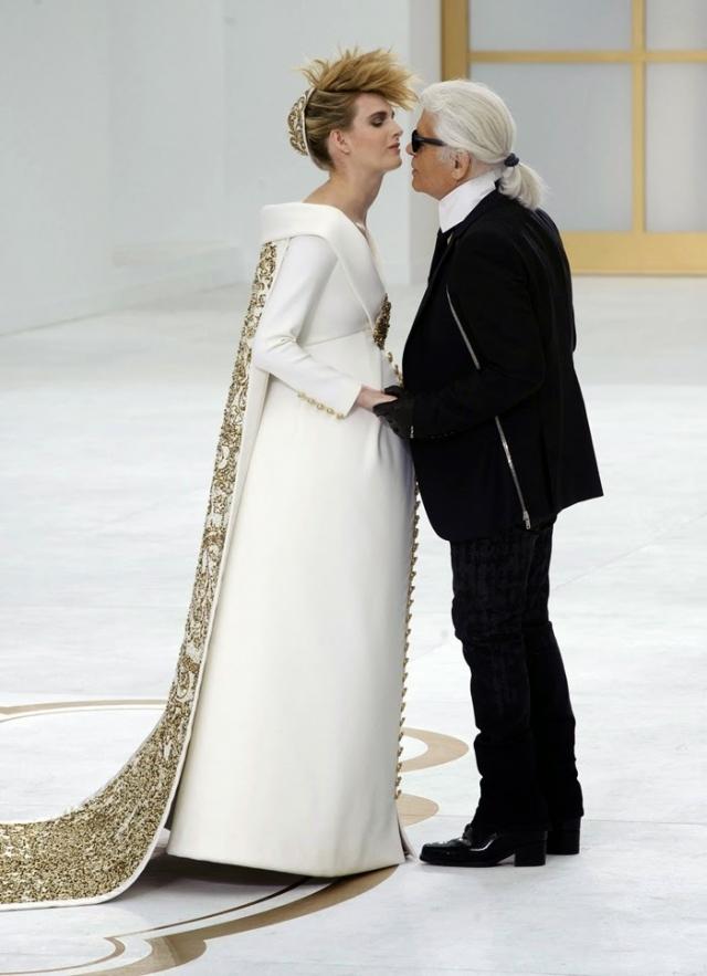 Все невесты Карла Лагерфельда: от Клаудии Шифер до Кендалл Дженнер и Лили-Роуз Депп
