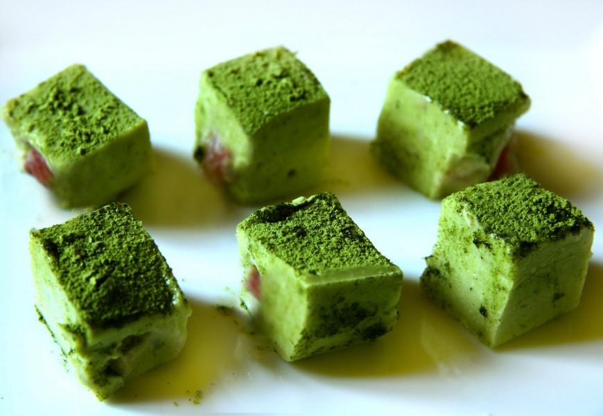 1 чашка чая матча вместо 10 чашек зеленого чая: зачем и как использовать чай матча в кулинарии - фото №2