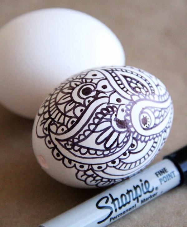 Как красиво красить яйца на Пасху: лучшие идеи - фото №16