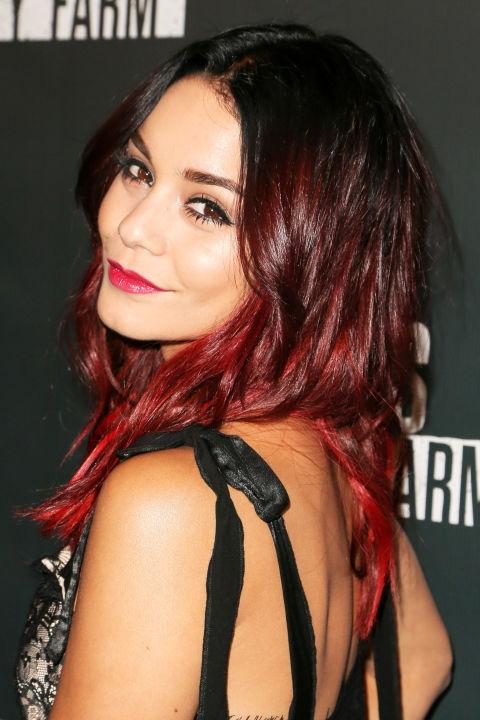 Окрашивание волос весной 2017: цвет бургунди, как главный тренд (примеры звезд) - фото №3