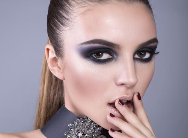 Какие привычки в макияже ненавидят мужчины - фото №1