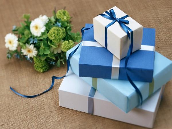 подарок воспитателю на 8 марта