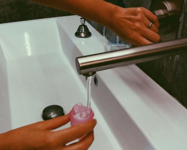 менструальная чашечка уход