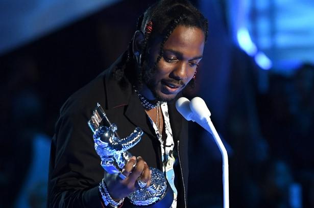 American Music Awards 2017 кендрик ламар
