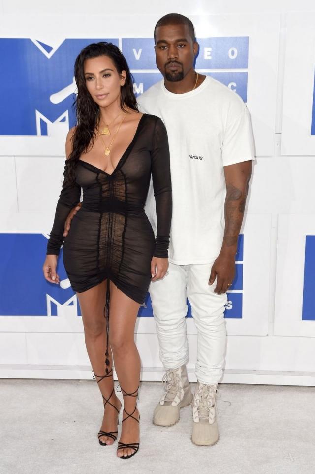 Голосуем! Красная дорожка MTV Video Music Awards-2016 Ким Кардашьян