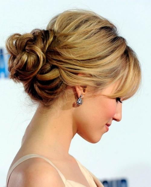 Какую прическу сделать на последний звонок: лучшие прически на длинные и средние волосы (ФОТО) - фото №51