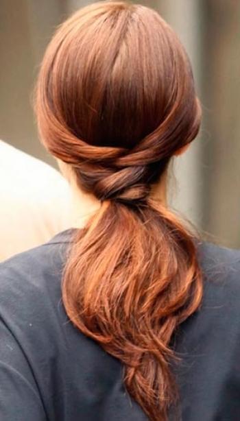 Какую прическу сделать на последний звонок: лучшие прически на длинные и средние волосы (ФОТО) - фото №20