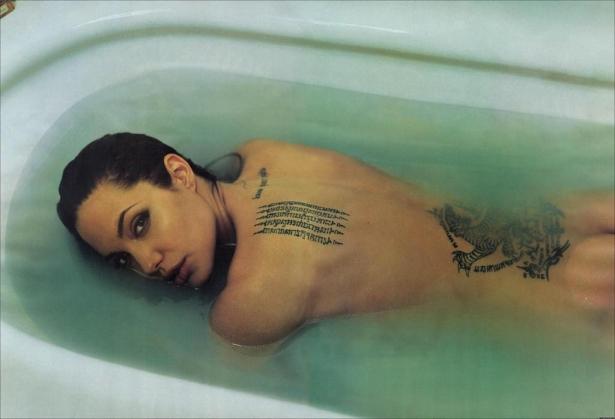 Зачем звезды делают татуировки: чувства напоказ - фото №1