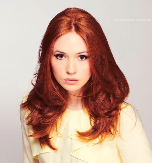 Все оттенки рыжего: почему и как нужно красить волосы в огненный цвет - фото №2