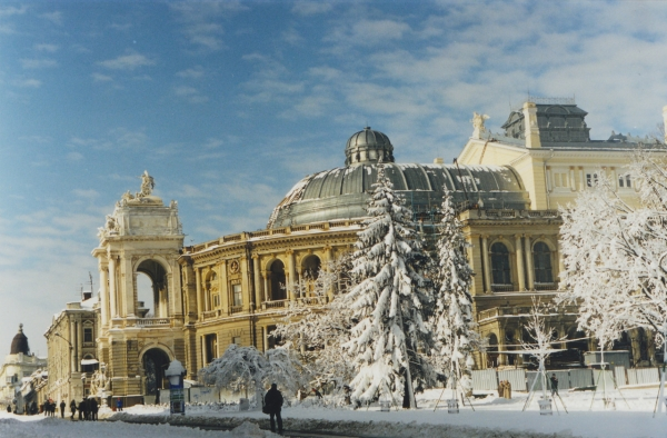 Куда поехать на новогодние праздники: путешествуем по городам Украины - фото №2