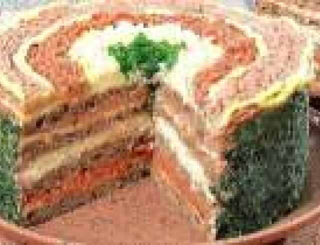 Торт закусочный с начинкой из раков (банкетное блюдо)