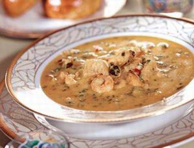 Суп летний с мидиями или кальмарами - блюдо испанской кухни