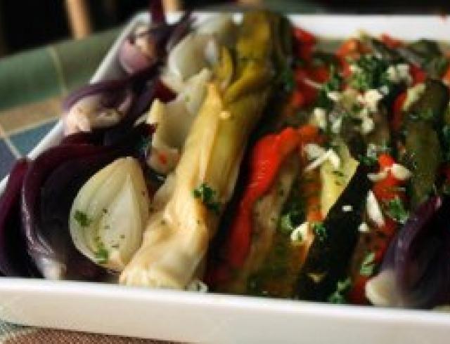 Коурма с алычой и лимоном ( блюдо азербайджанской кухни)