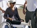 Производственная травма: Холли Берри с переломом