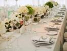 Как правильно расставить столы на свадьбе?