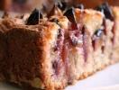 Рецепт сливового пирога от Юлии Высоцкой