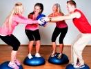 Похудение и фитнес «за компанию»: плюсы и минусы